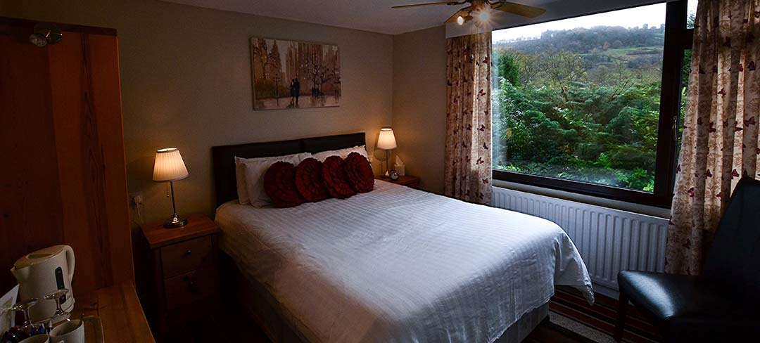 Castle-green-bed-and-breakfast-matlock-v6