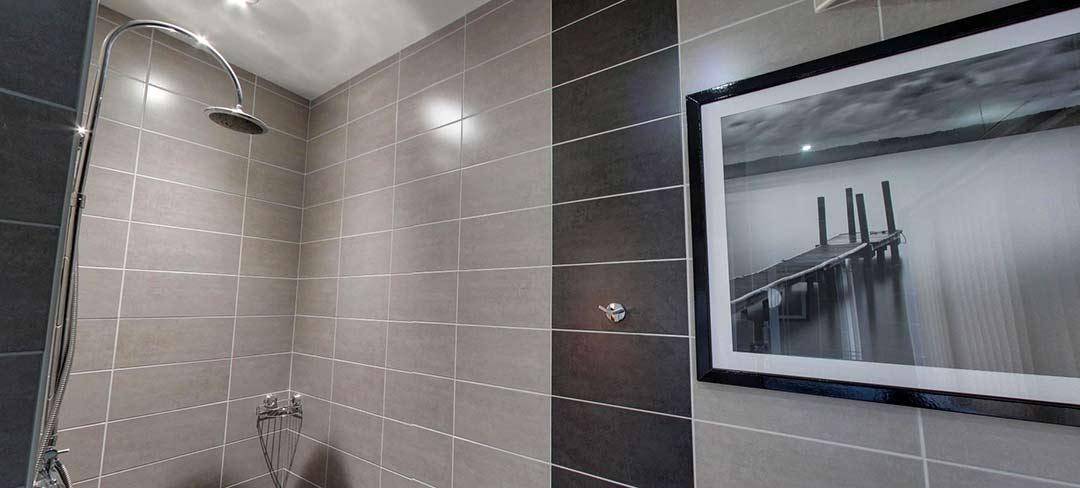 matlock-Bed-and-breakfast-room6-bath